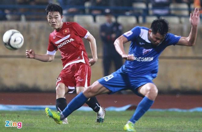 DT Viet Nam 4-0 Quang Ninh: Cong Vinh lap hat-trick hinh anh 10