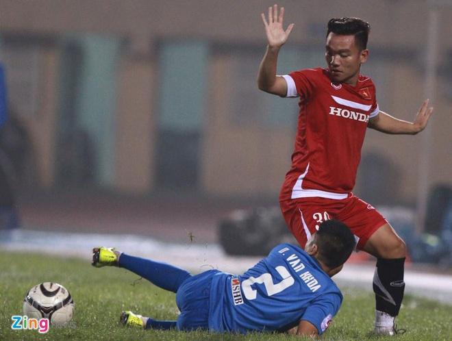 DT Viet Nam 4-0 Quang Ninh: Cong Vinh lap hat-trick hinh anh 7