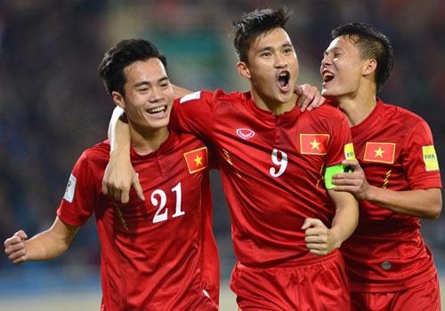 DTVN 4-1 Dai Loan: Cong Vinh va Van Toan lap cu dup hinh anh