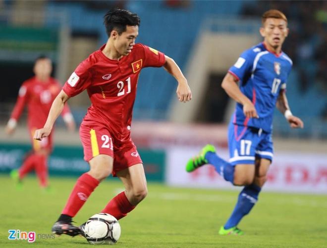 DTVN 4-1 Dai Loan: Cong Vinh va Van Toan lap cu dup hinh anh 15