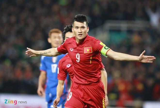 DTVN 4-1 Dai Loan: Cong Vinh va Van Toan lap cu dup hinh anh 16
