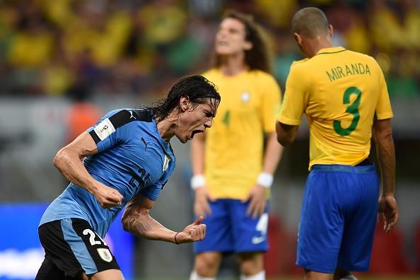 Suarez giup Uruguay thoat hiem truoc Brazil hinh anh 7