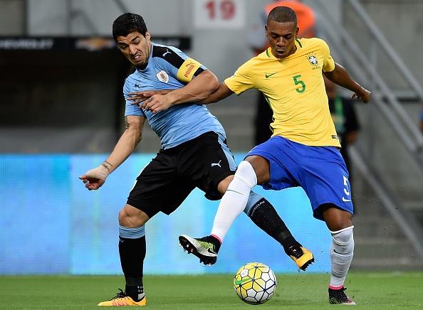 Suarez giup Uruguay thoat hiem truoc Brazil hinh anh 8