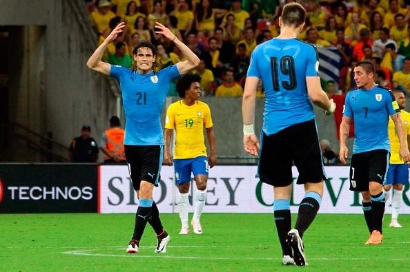 Suarez giup Uruguay thoat hiem truoc Brazil hinh anh 9