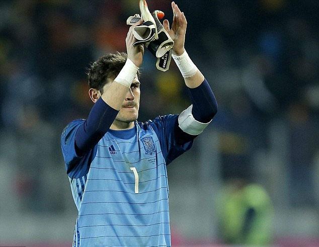 Casillas giu sach luoi 710 phut o DT Tay Ban Nha hinh anh 2