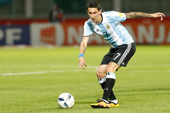 Messi ghi ban penalty, DT Argentina co chien thang 2-0 hinh anh 2