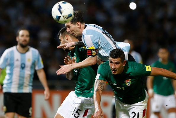 Messi ghi ban penalty, DT Argentina co chien thang 2-0 hinh anh 8