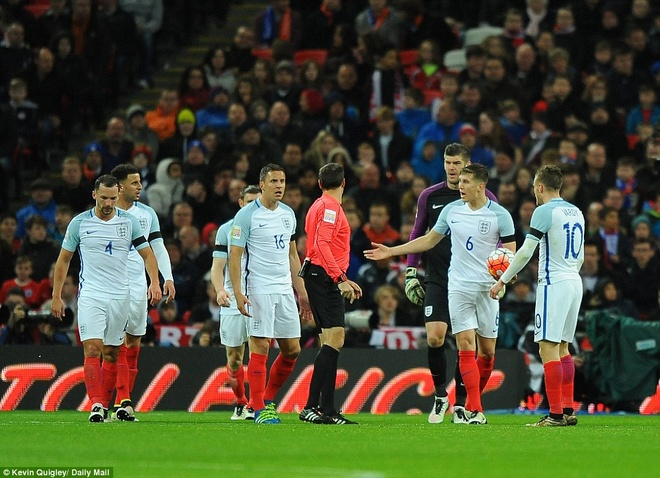 Vardy ghi ban, DT Anh van thua Ha Lan 1-2 hinh anh 10