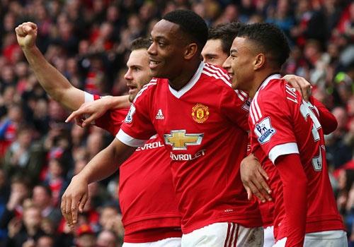 MU 1-0 Everton: Martial toa sang hinh anh