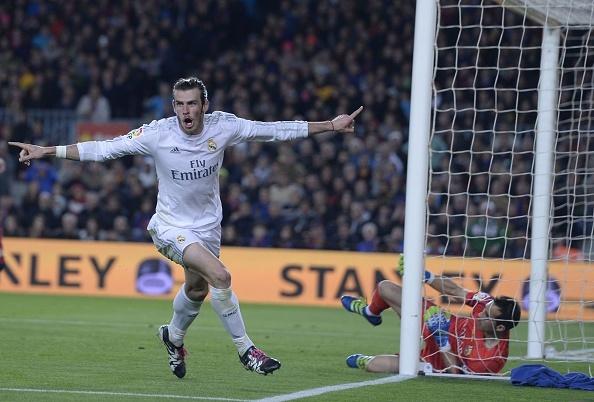 Ronaldo coi do an mung tran thang Barca hinh anh 9