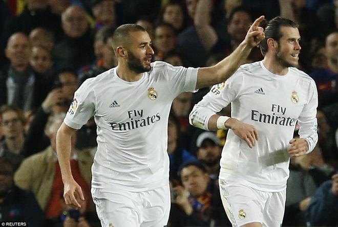 Ronaldo coi do an mung tran thang Barca hinh anh 8