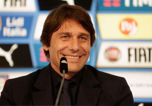 Hom nay HLV Conte ky hop dong voi Chelsea hinh anh