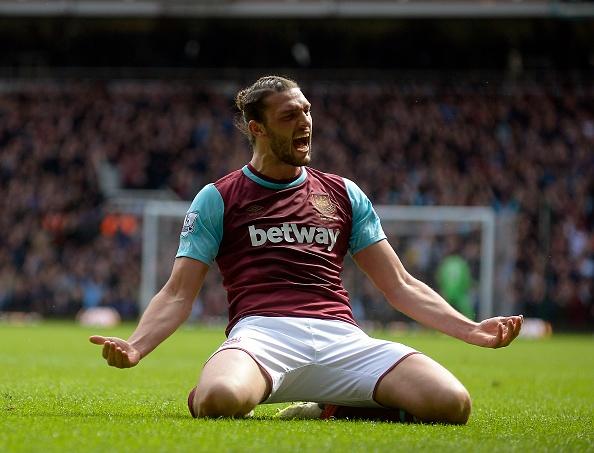 West Ham 3-3 Arsenal: Carroll lap hat-trick hinh anh 14