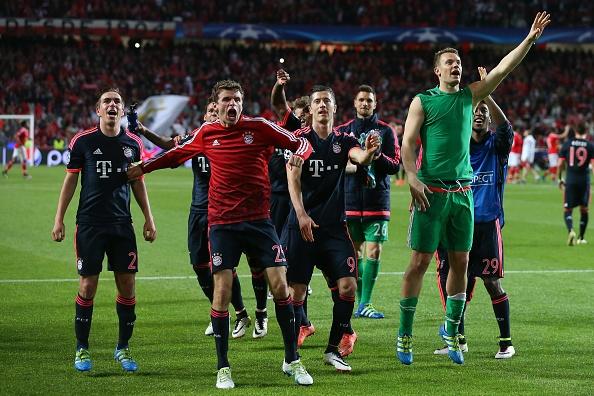 Bayern mo tiec an mung khi vao ban ket cup C1 hinh anh 8