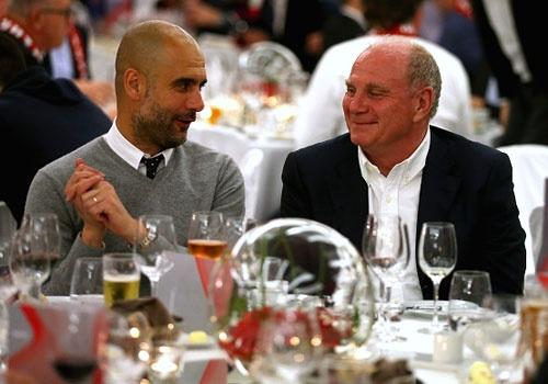 Bayern mo tiec an mung khi vao ban ket cup C1 hinh anh