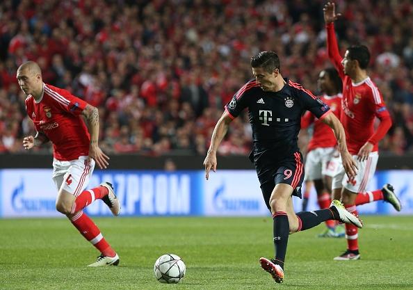 Bayern mo tiec an mung khi vao ban ket cup C1 hinh anh 5