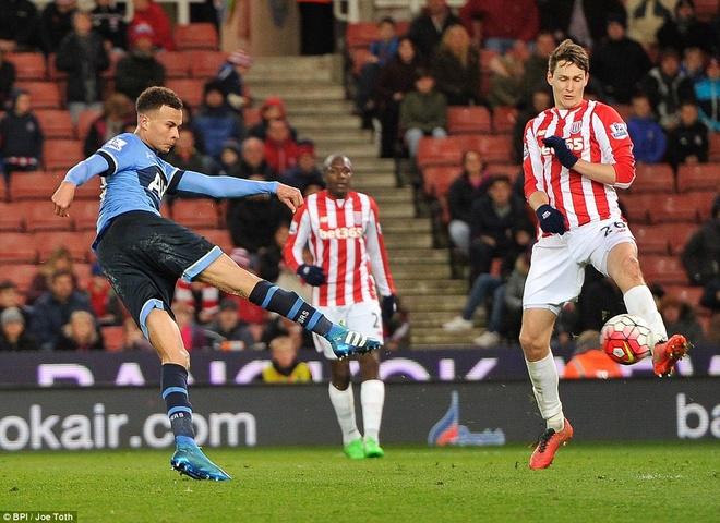 Kane giup Tottenham de doa vi tri so 1 cua Leicester hinh anh 9