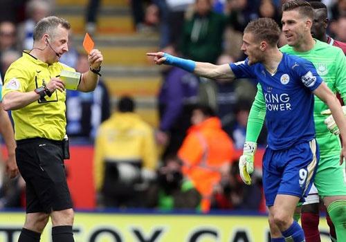 Leicester vs Tottenham: Co hoi vo dich cua doi nao cao hon? hinh anh