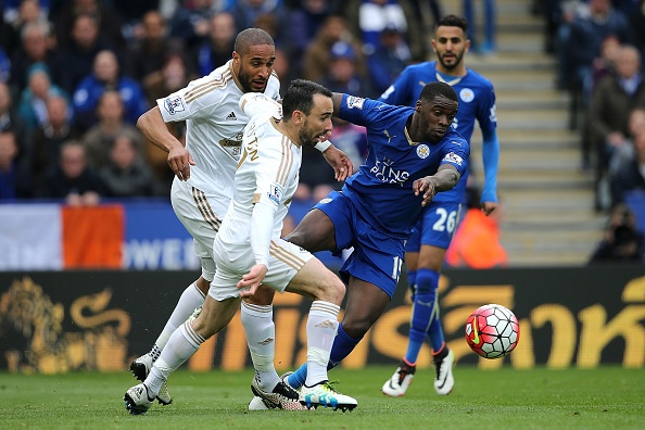 Leicester vs Swansea (4-0): Chien thang an tuong hinh anh 15