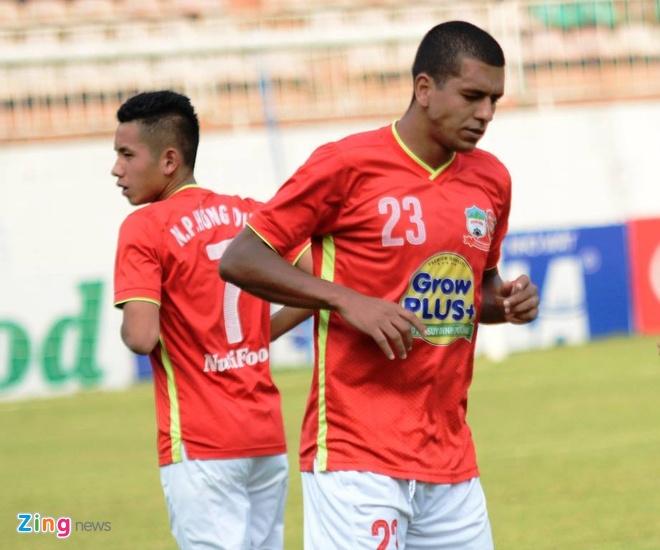 HAGL vs SLNA: Que Ngoc Hai nhan the do o tran hoa 0-0 hinh anh 7