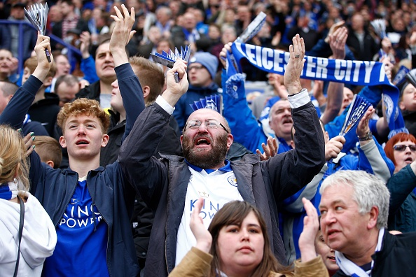 Leicester vs Swansea (4-0): Chien thang an tuong hinh anh 12