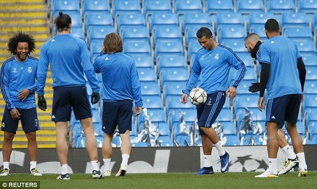 Man City vs Real Madrid: Ronaldo san sang chinh phuc Etihad hinh anh 2