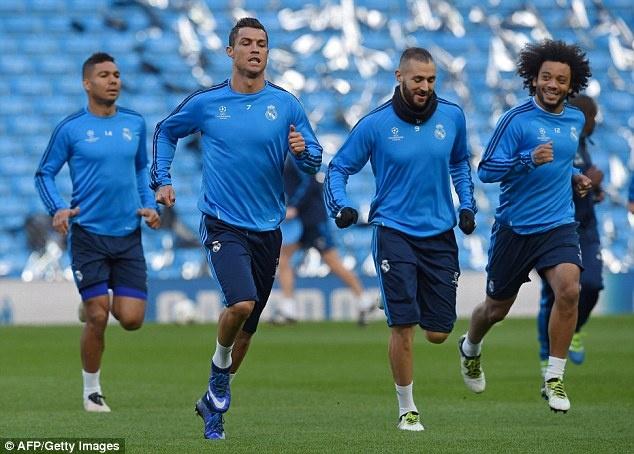 Man City vs Real Madrid: Ronaldo san sang chinh phuc Etihad hinh anh 5
