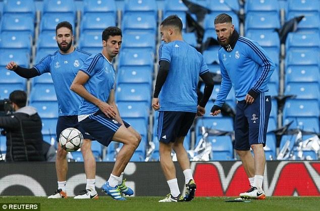 Man City vs Real Madrid: Ronaldo san sang chinh phuc Etihad hinh anh 6