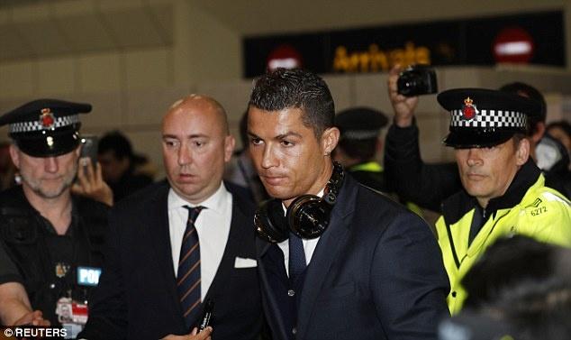 Man City vs Real Madrid: Ronaldo san sang chinh phuc Etihad hinh anh 8