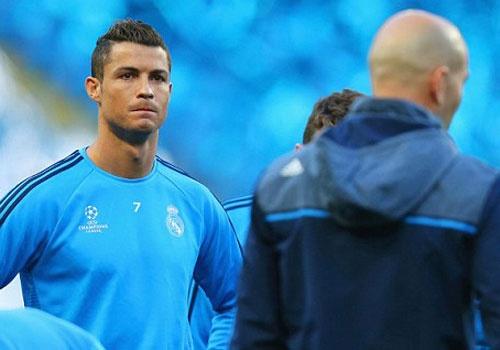 Man City vs Real Madrid: Ronaldo san sang chinh phuc Etihad hinh anh