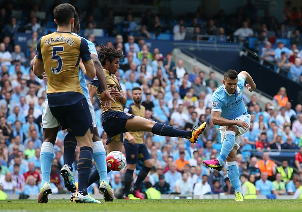Man City vs Arsenal (2-2): Man xanh lo mat vi tri thu 4 hinh anh 10