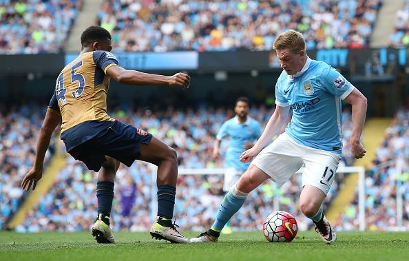 Man City vs Arsenal (2-2): Man xanh lo mat vi tri thu 4 hinh anh 16