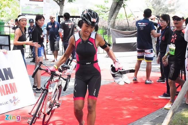Ironman 70.3 Viet Nam - cuoc thi thu thach the luc cua VDV hinh anh 40