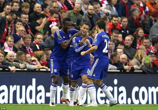 Liverpool thoat thua truoc Chelsea nho ban thang phut bu gio hinh anh 8
