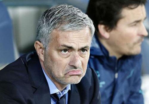 MU co doi thu gianh chu ky cua Mourinho hinh anh