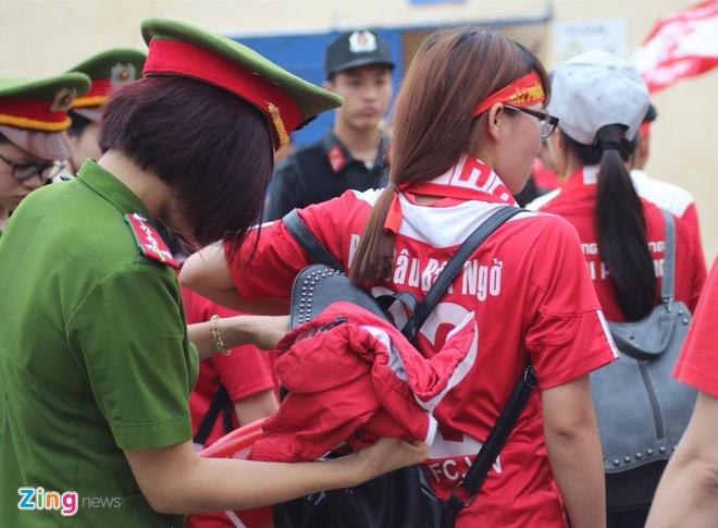 Thanh Hoa vs Hai Phong (0-1): Vo dich luot di truoc 2 vong hinh anh 5