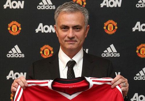 Mourinho ra mat Old Trafford: Dan dat MU la vinh du dac biet hinh anh
