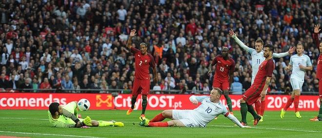 Mourinho chung kien cau thu MU giup DT Anh thang BDN 1-0 hinh anh 7