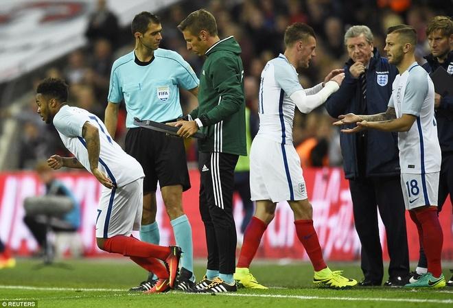 Mourinho chung kien cau thu MU giup DT Anh thang BDN 1-0 hinh anh 12