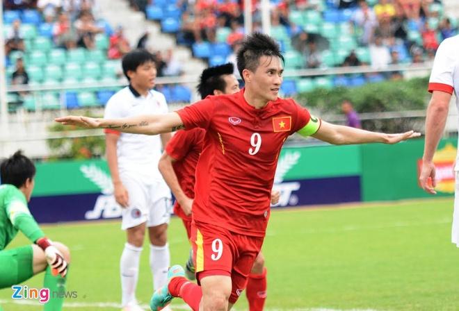 DTVN vs Hong Kong (2-2, penalty: 4-3): Cong Vinh lap cu dup hinh anh 14
