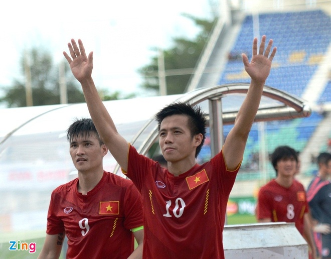 Tran DT Viet Nam vs DT Singapore anh 2
