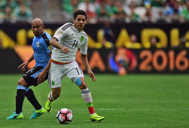 Uruguay vs Mexico (1-3): Trong tai rut 2 the do, 6 the vang hinh anh 9