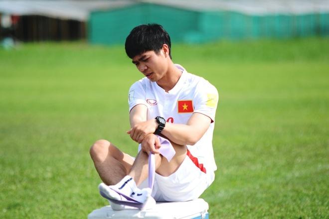 Tran DT Viet Nam vs DT Singapore anh 4