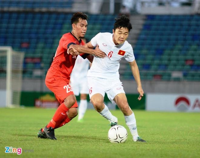 Tran DT Viet Nam vs DT Singapore anh 11