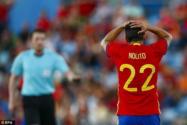 Nha vo dich Tay Ban Nha thua doi thu kem 131 bac truoc Euro hinh anh 9