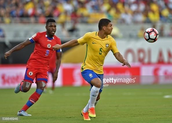 Brazil vs Haiti (7-1): Coutinho lap hat-trick hinh anh 12