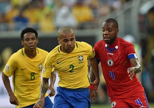 Brazil vs Haiti (7-1): Coutinho lap hat-trick hinh anh