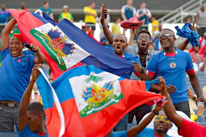 Brazil vs Haiti (7-1): Coutinho lap hat-trick hinh anh 9