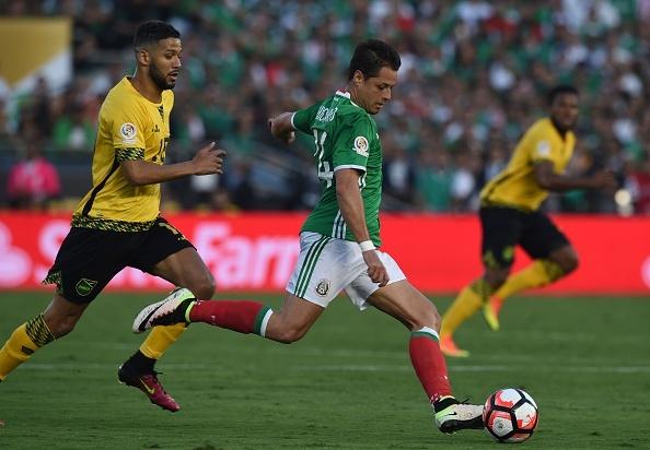 Mexico vs Jamaica (2-0): Chicharito toa sang hinh anh 21