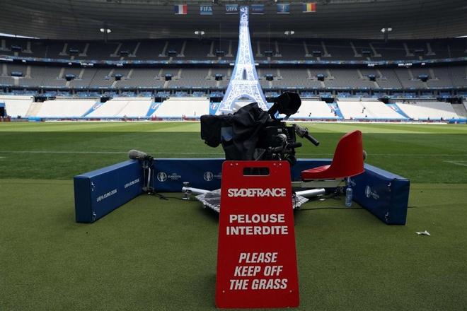 Khai mac Euro 2016: Cuong nhiet voi DJ va Zara Larsson hinh anh 1